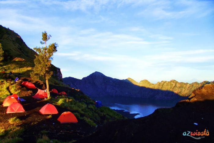 Wisata Gunung Rinjan
