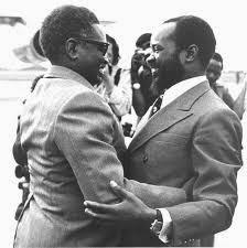 Samora Machel, presidente de Mozambique Agostinho+neto