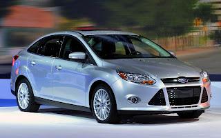 http://1.bp.blogspot.com/-AOdBJkiBJ6c/ULocWlIJWTI/AAAAAAAAsvc/-8yFNC-9cHw/s400/Novo-Ford-Focus-2013+(2).jpg