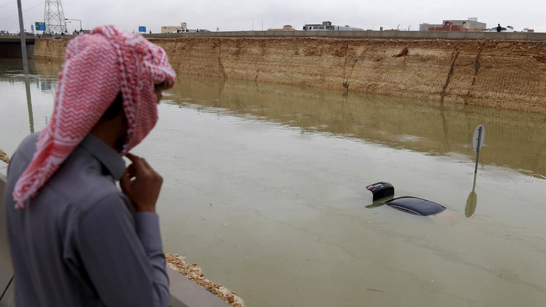 18 dead as heavy rains and flooding plague Saudi Arabia and Iran