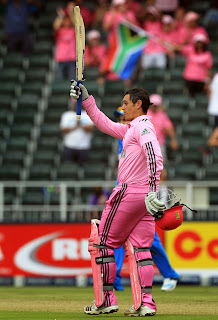 Quinton-de-Kock-South-Africa-vs-India-1st-ODI-2013