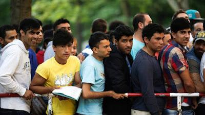 Európai Unió, illegális bevándorlás, migráció, migránsok, Románia, Traian Băsescu, menekült-kvótarendszer,