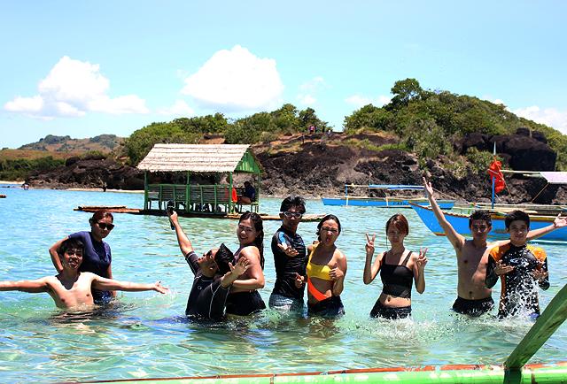 how to go to caramoan island