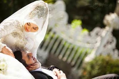 Amalan Ini Membuat Suami Melihat Istrinya Sebagai Wanita Paling Cantik di Dunia