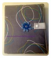 http://kreativmaedel.blogspot.de/2015/03/planer-mit-kalender-2015-to-do-liste.html