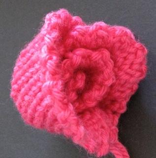 Free Crochet Rose Petal Pattern : CROCHET ROSE PETAL PATTERN Crochet Patterns Only
