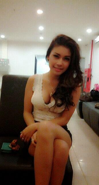 search engine foto narsis model cantik madaniah nw back link http ...