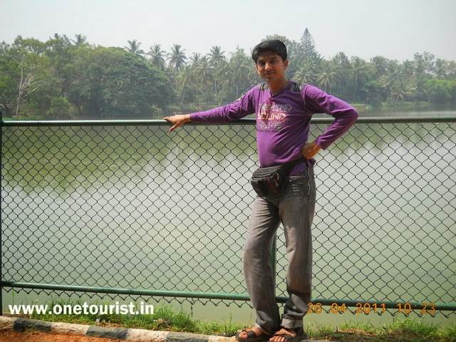 Banglore , places to see , Lal bagh ( garden)