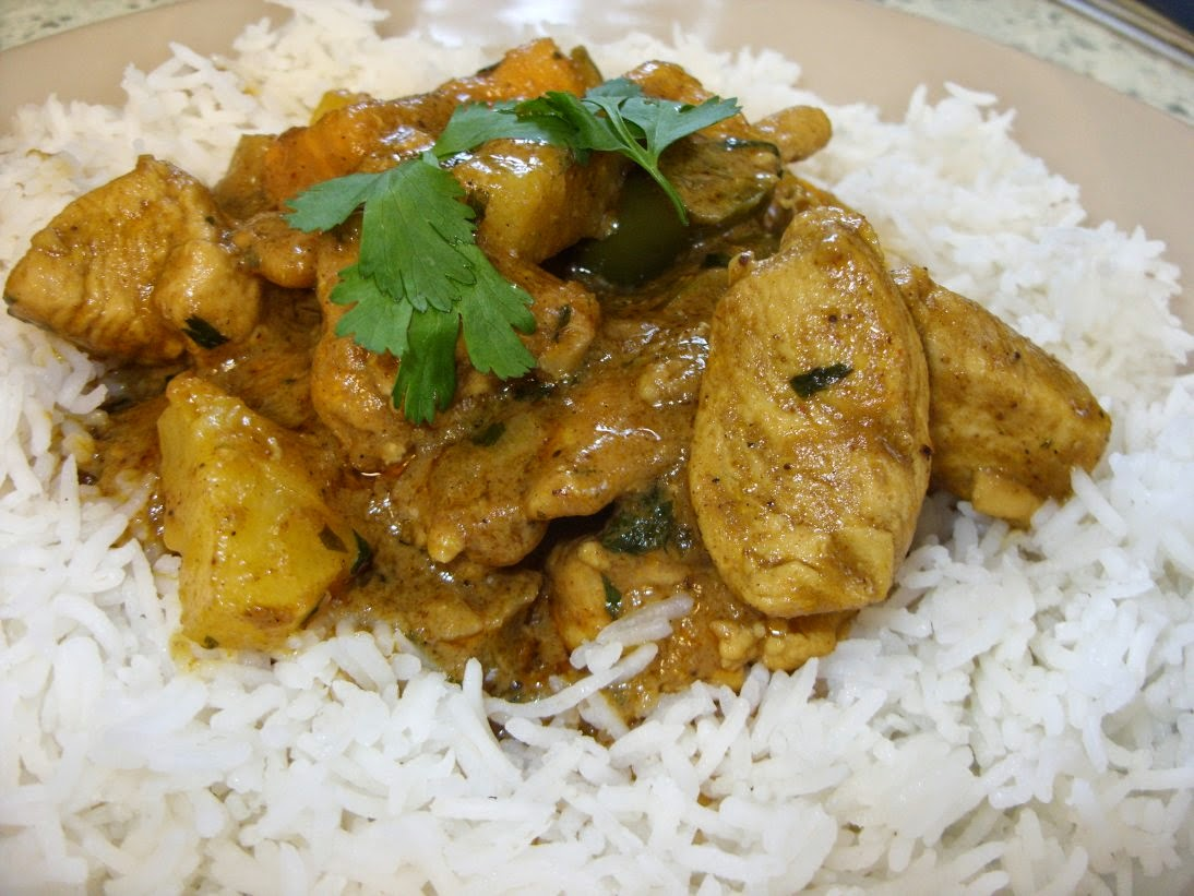 Jenny Eatwell's Rhubarb & Ginger: Pineapple & Coconut Chicken Curry