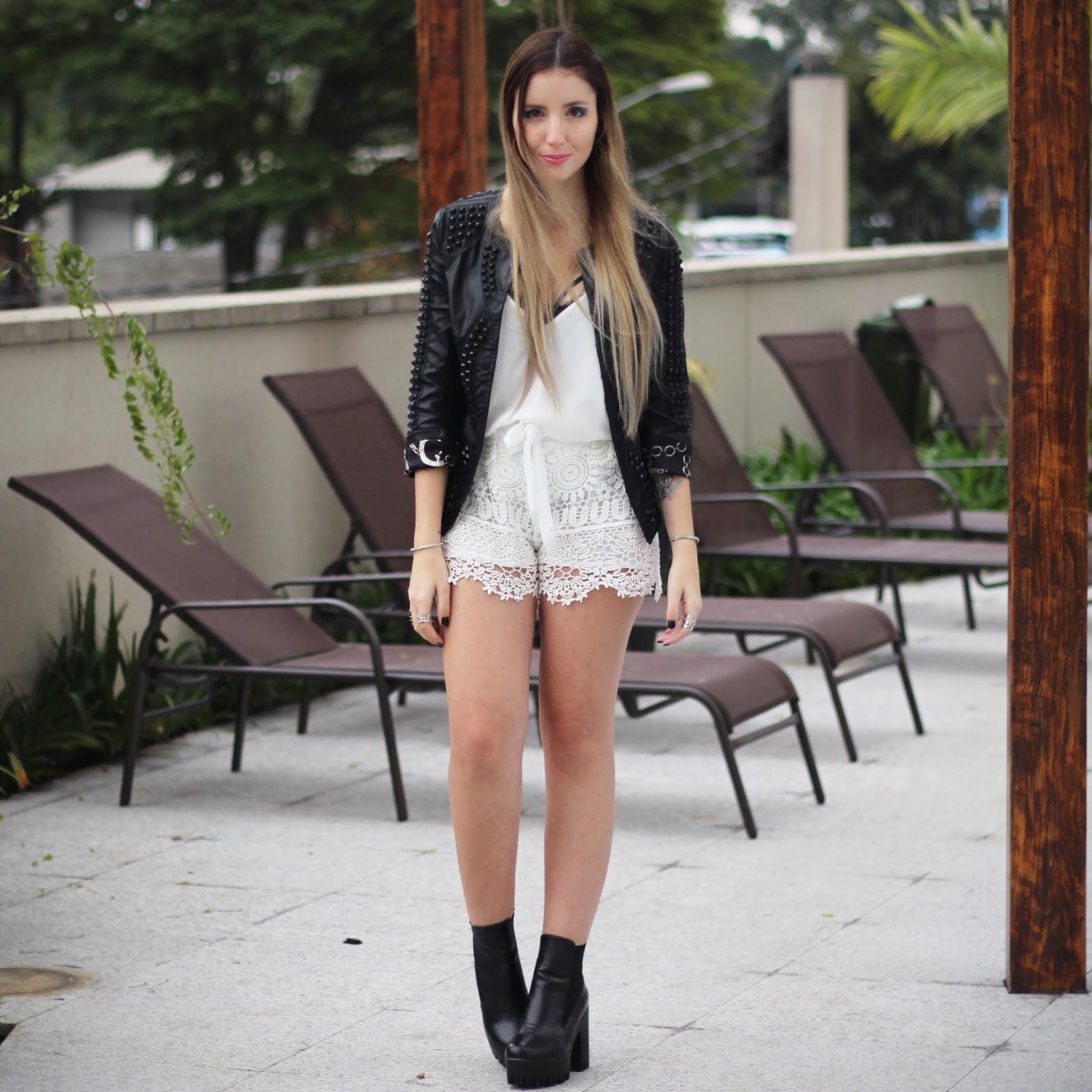 jaqueta de couro com rebites