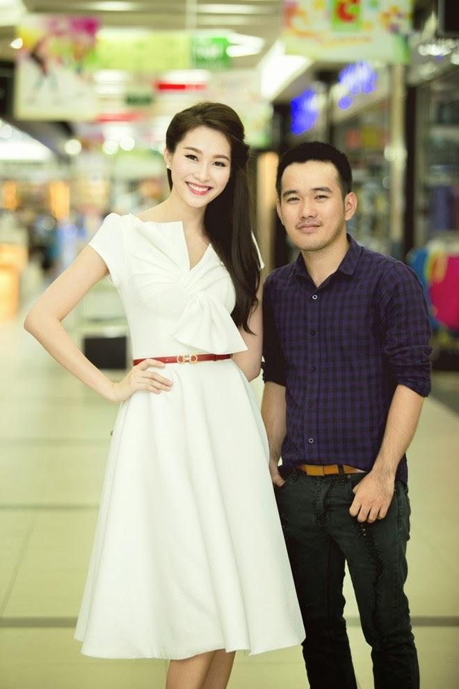 Hoa Hậu Đặng Thu Thảo cực xinh với váy voan