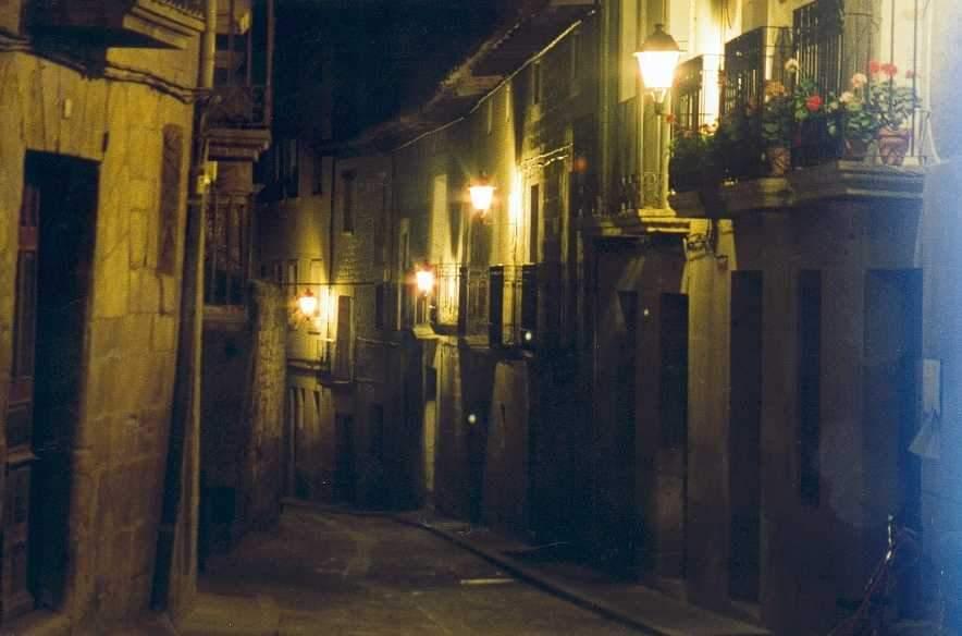 Araceli rego entre corcheas y sonetos noche de ronda - Bares en ronda ...