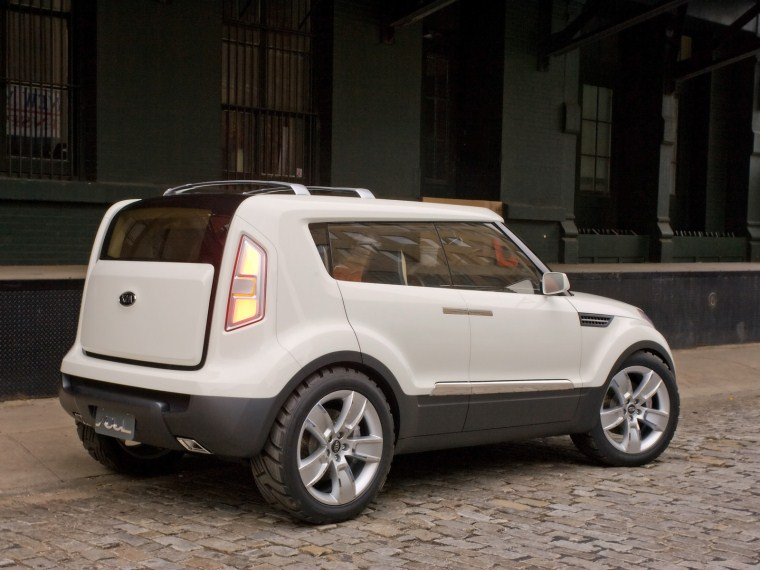 2014 Kia Soul Images Gallery