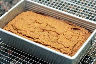 baked-bread-in-pan