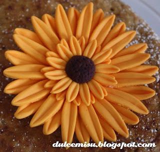 Tutorial paso a paso de la flor gerbera o margarita