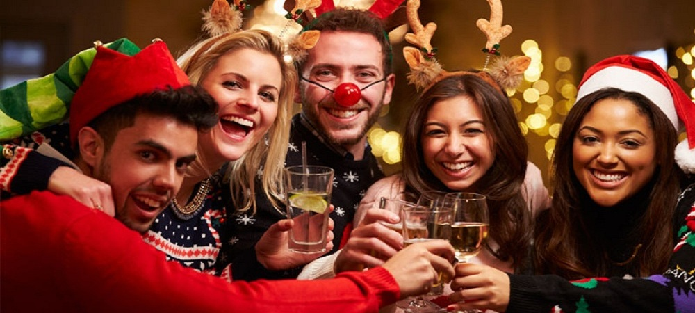 Ordinary Work Christmas Party Ideas Gold Coast Part - 10: ... Hectic And Busy For Many People Who Work, Which Is Why House Lighting  Low And Extra Christmas Lights Are A Great Christmas Party Ideas In Gold  Coast ...