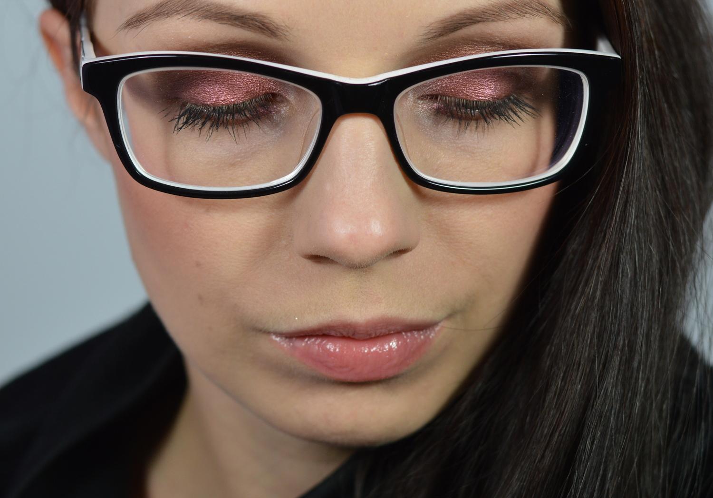 Brillenmodell schwarz