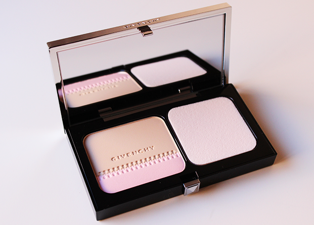 Teint Couture Compact de Givenchy