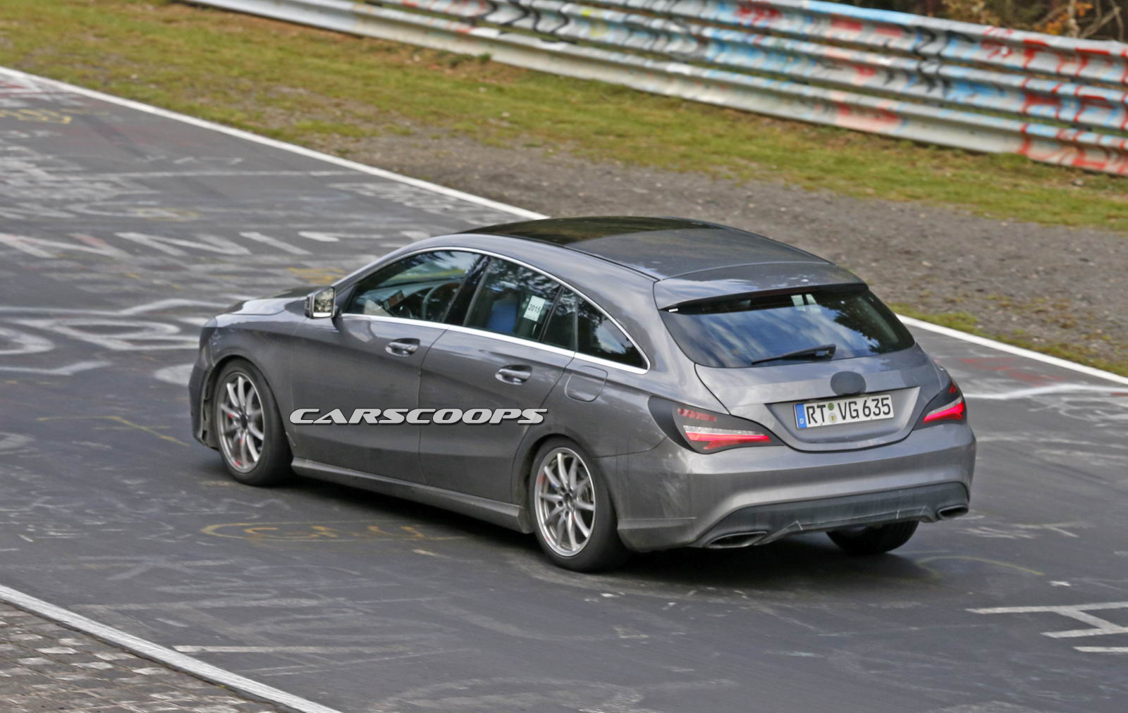 mercedes 39 revised cla shooting brake testing at the n rburgring carscoops. Black Bedroom Furniture Sets. Home Design Ideas