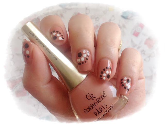Twinsie Tuesday: Dotticure | Dotted Circles Nail Art - Golden Rose Paris 27