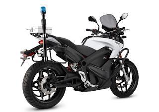 Pabrikan asal Amerika Serikat menyasar pecinta sepeda motor premium yang sadar dengan zero emisi. Garansindo menampilkan seluruh line up Zero Motorcyces, yakni Zero FX, DS, S serta SR.