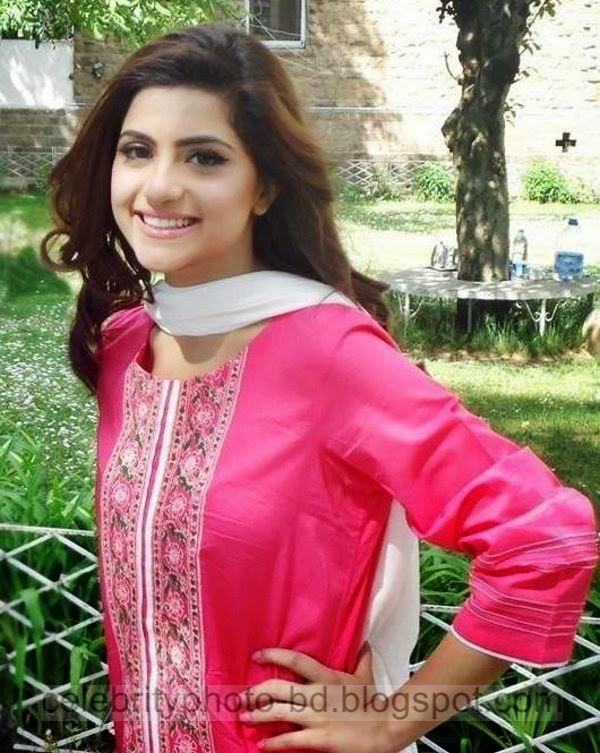 Beautiful%2BCute%2BPakistani%2BGirls%2BLatest%2BWallpapers%2B2014014