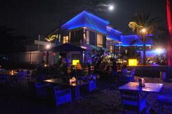 Suasana Malam Di Hotel Yg Homey