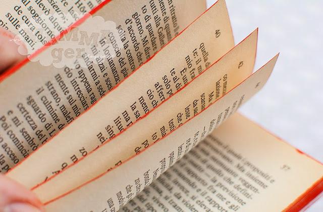 Tutorial Ghirlanda di Natale fatta con un libro