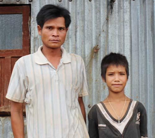 Gia Lai: Cậu bé người Ba Na có tên độc 'Sinh Viên'