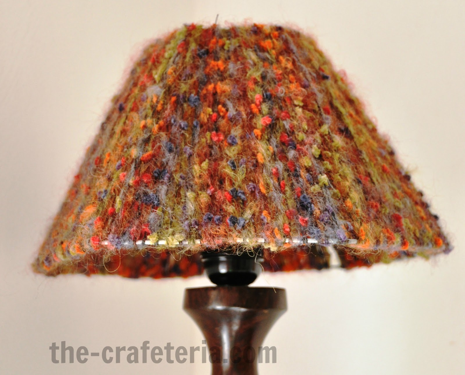 DIY Yarn Lampshade