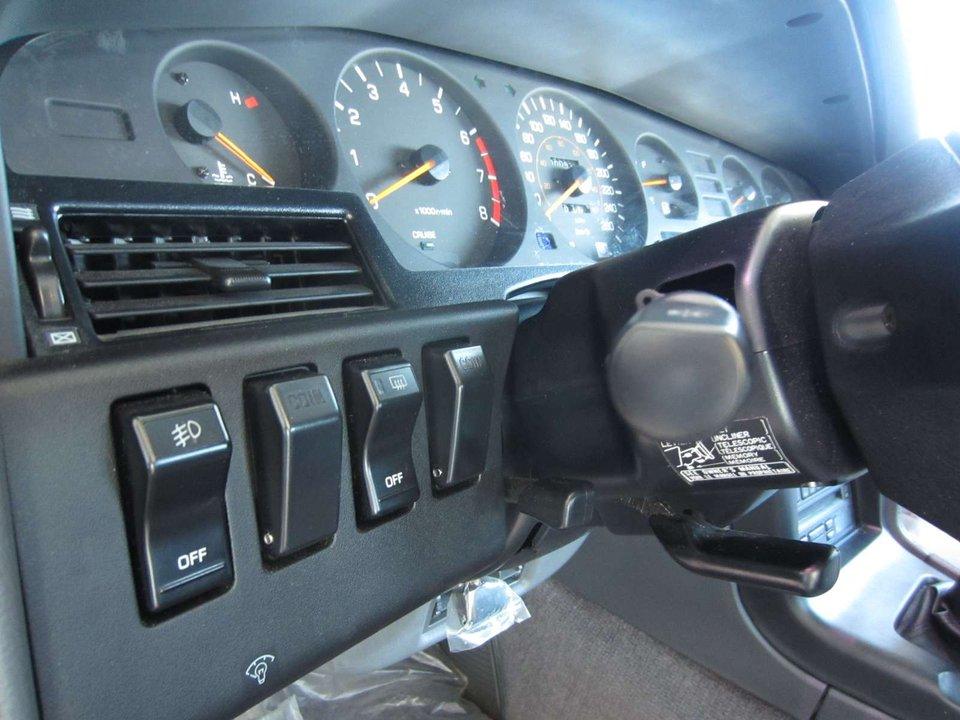 1990-Toyota-Supra-Coupe-14.jpeg