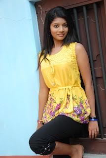 new heroine praksha sri Pictures 011