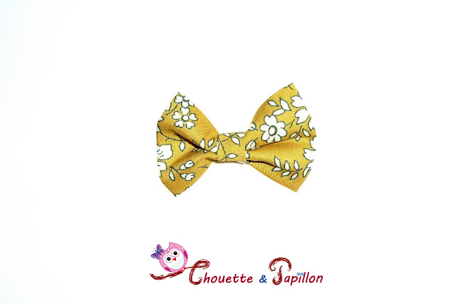 Noeud papillon sur barrette anti glisse enfant Liberty Capel Gold