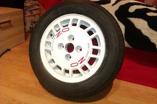 Odnowiona felga aluminiowa stylizowana na OZ Racing