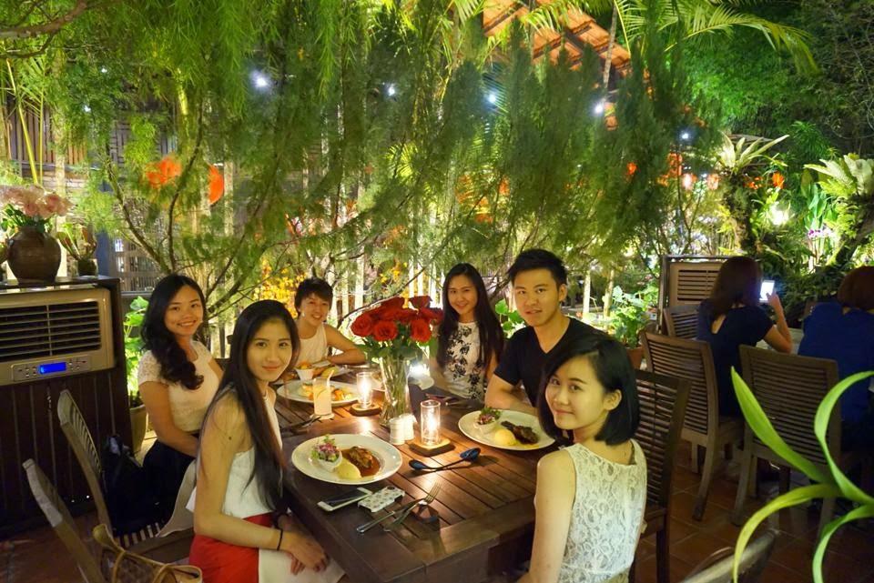 Kityil 39 S A Garden Theme Dining Experience Ferringhi Garden Restaurant