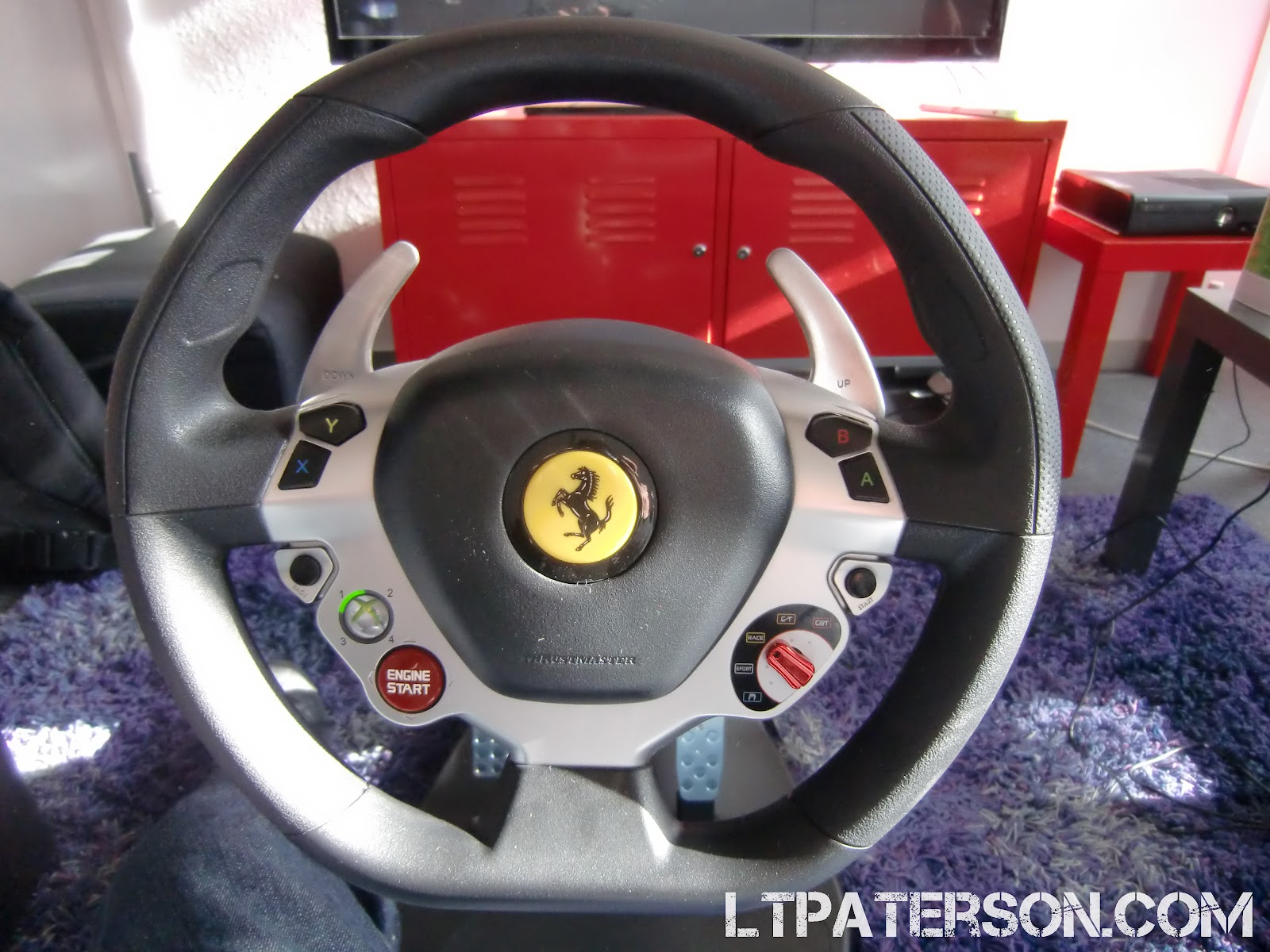 test ferrari vibration gt cockpit 458 italia dition de thrustmaster blog jeux. Black Bedroom Furniture Sets. Home Design Ideas
