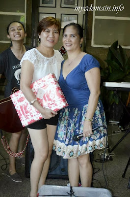 Mye Domain - Exchange Gifts on Christmas Parties- me and my Tita Oyie