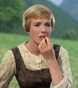 http://1.bp.blogspot.com/-ASgHdtGJzVk/Toc6D0v2T3I/AAAAAAAAL_s/-t_GcgImPaQ/s1600/Julie_Andrews_sound_of_music_worried_about_childrenMA28865761-0027.jpg