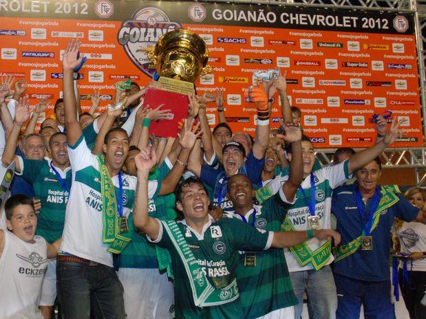 Goiás busca empate com Atlético-GO e leva 23º título goiano