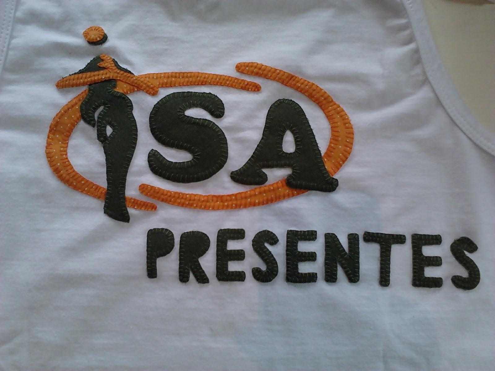 Armario Clothing Ghatkopar ~ Lú Art Mania Blusinha com slogan da loja Isa Presentes
