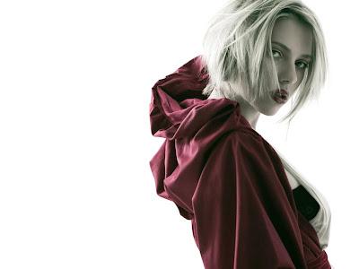 Scarlett Johansson HD red gown Wallpaper