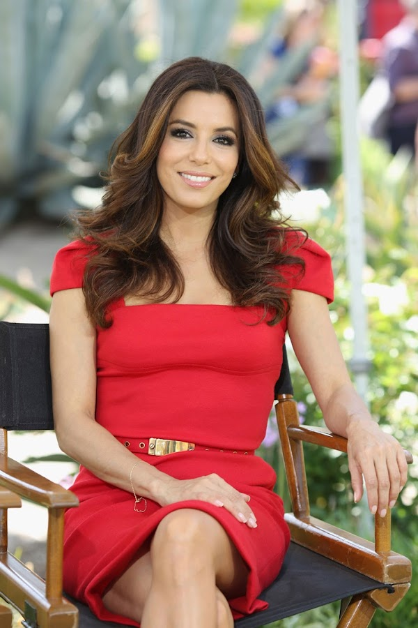Eva Longoria beautiful smile and great red dress photo from NBC Universal press day 2012