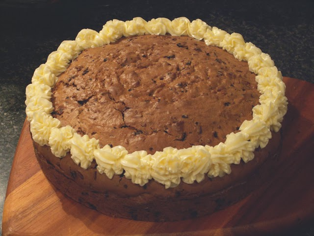 alison lisa horn: Chocolate Chip Cookie Cake