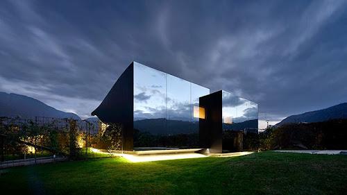 Mirror Houses by Peter Pichler