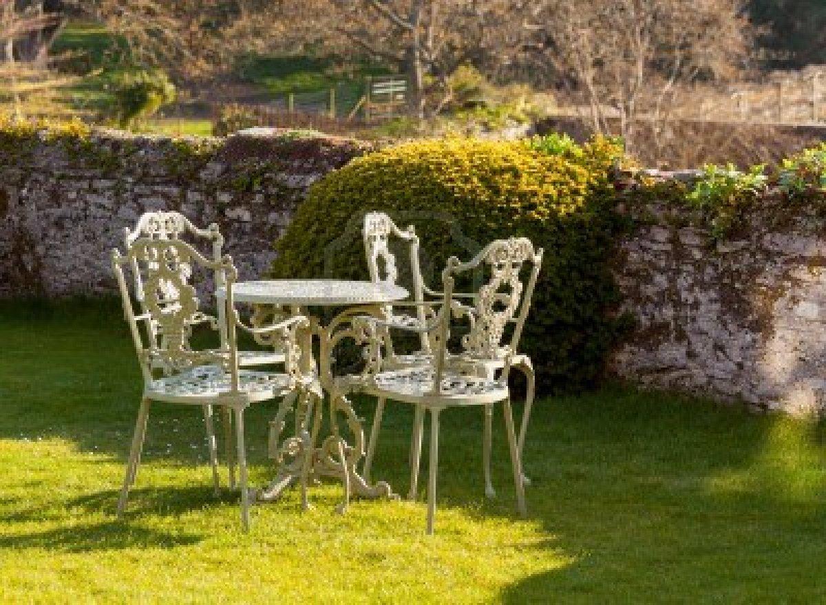 Decora tu hogar: Mantenimiento de muebles de jardín