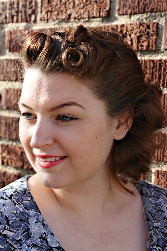 1940s easy victory roll pin curl updo