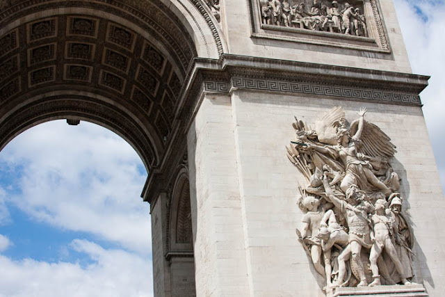 close-up of Arc de Triomphe frieze