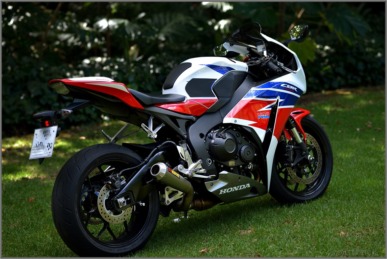 Superbike Solutions 2014 Cbr1000rr Aftermarket Exhaust And Dyno Tuning Two Brothers Honda 2012 Silver Series Slip On System With M 2 Carbon Fiber Canister Having Created Better Gas Flow Through The Engine Air Filter