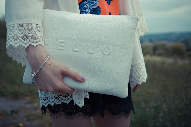 Hello Freckles Matalan Outfit Fashion Style Summer Clutch Bag