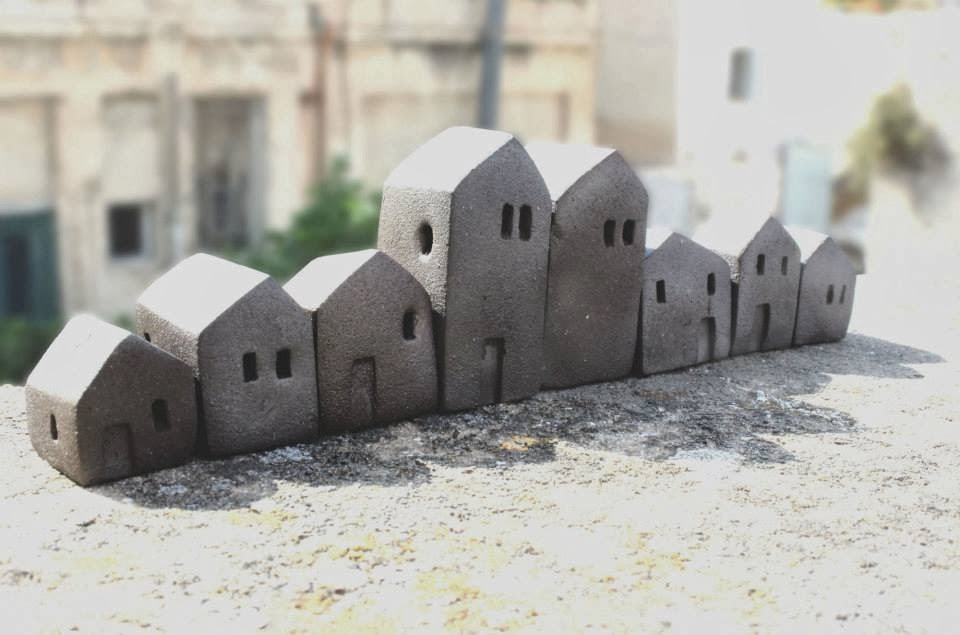 gliniane domki hand made rękodzieło Vesna Gusman